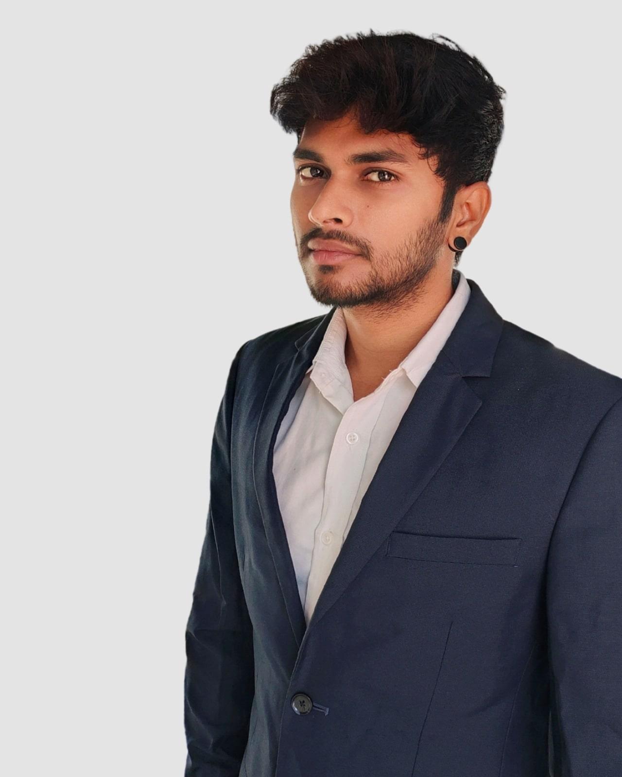 https://www.novalnet-solutions.com/wp-content/uploads/2021/02/Vinoth_Ravi.jpeg